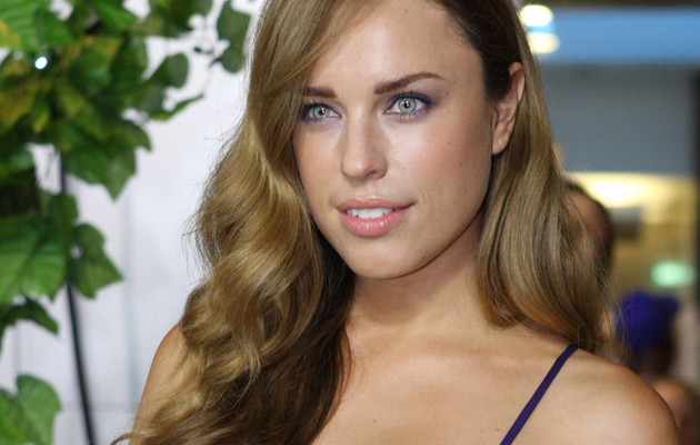 Jessica Mcnamee The Loved Ones Jason Stathamin tappaj...