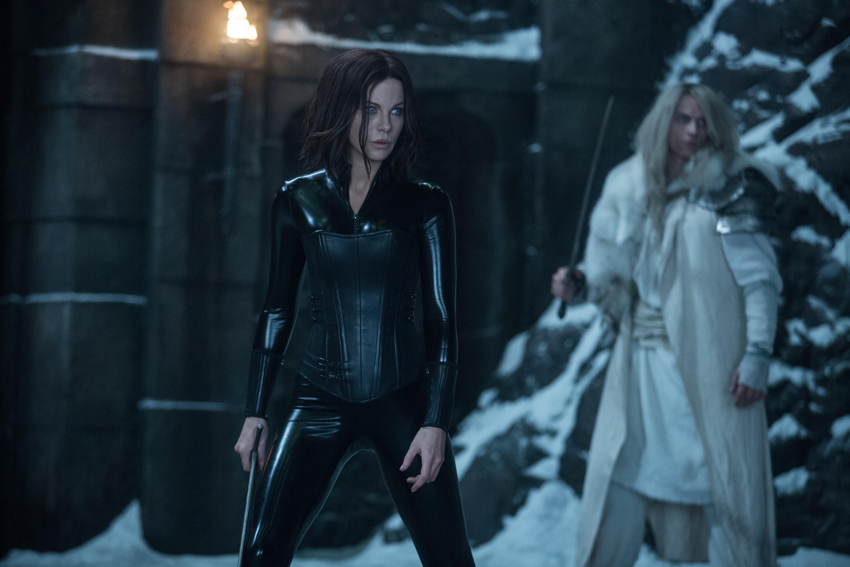 Uusia Underworld 5 -kuvia: Kate Beckinsale ei pukeudu verkkareihin vieläkään